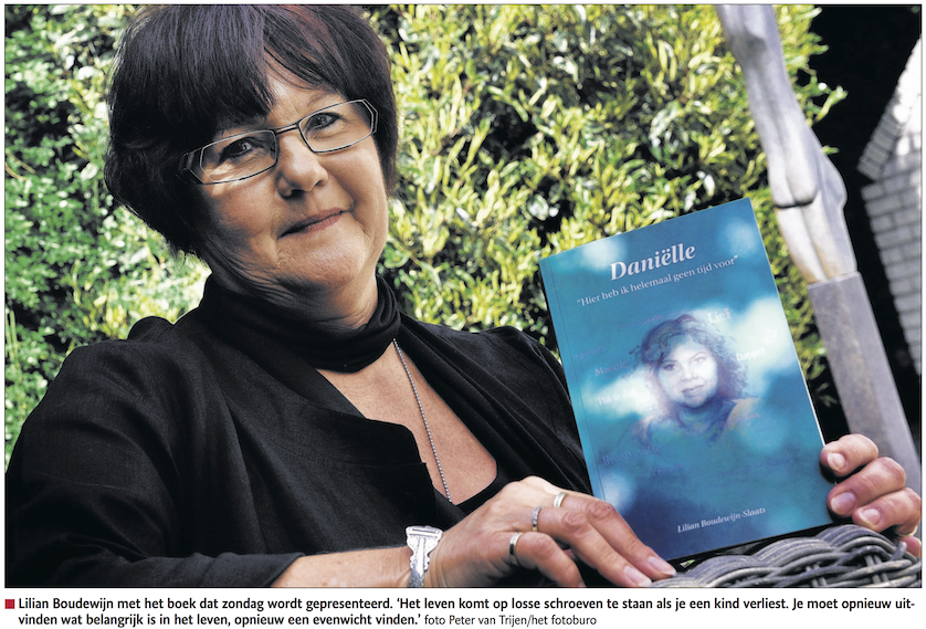 """Bergse moeder schrijft boek voor overleden dochter: """"Opdat Daniëlles naam genoemd blijft."""""""