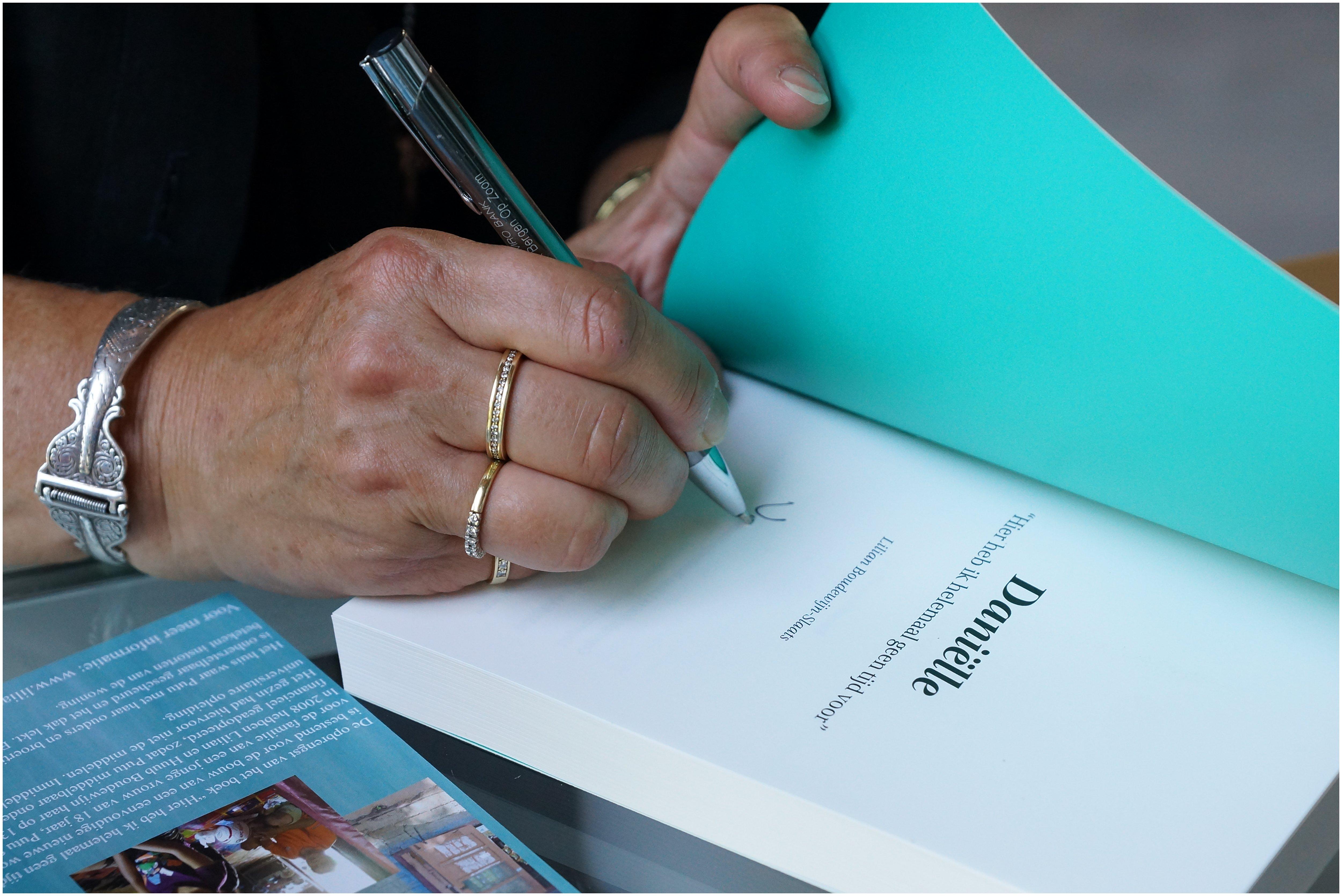 Foto's van boekpresentatie