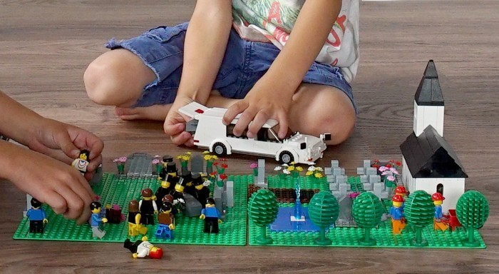 Lego helpt kinderen bij praten over de dood
